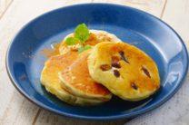 卵、乳、小麦粉不使用のパンケーキ 豆腐クリーム添え