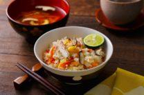 秋刀魚と有機野菜の炊き込みごはん